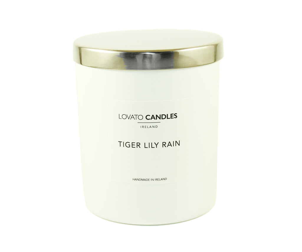 Luxury White Candle - Tiger Lily Rain - Lovato Candles