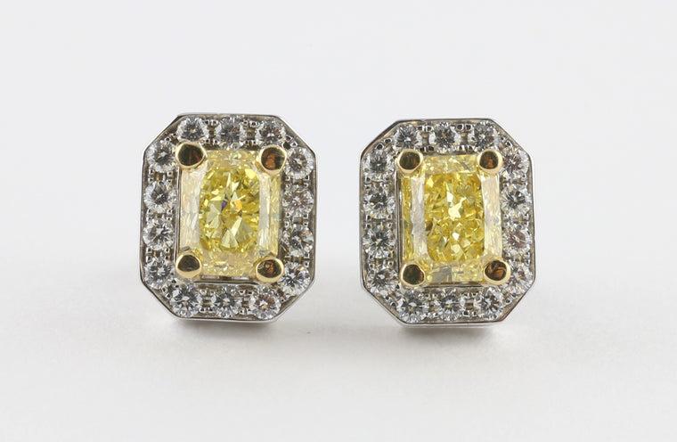 Brilliant Yellow Gold Studs