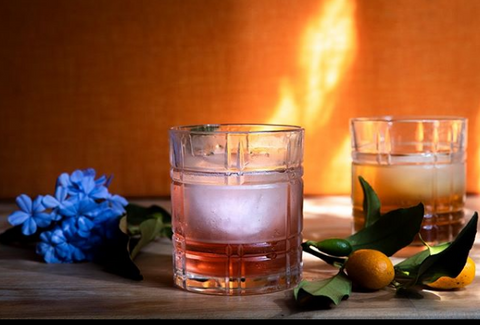 Your cocktail by the fireplace ­ - NIO Cocktails