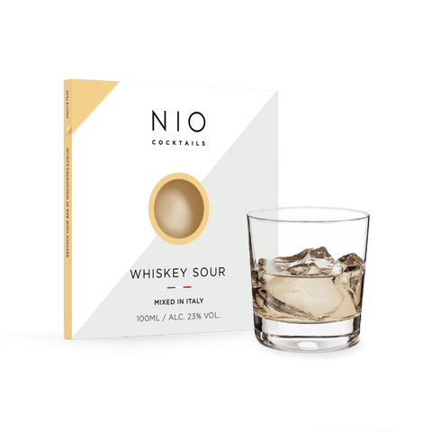 nio_cocktails_whiskey_sour_in_busta