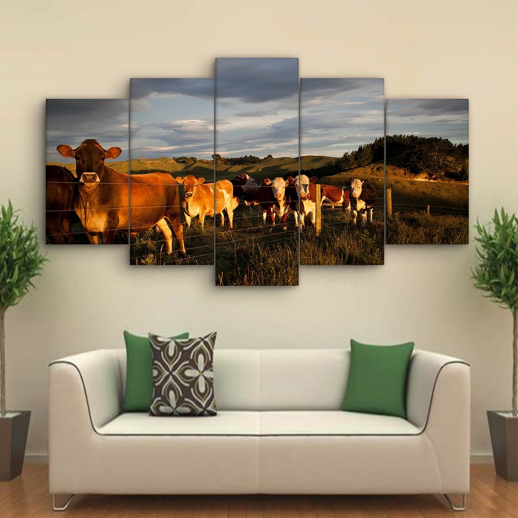 5 Piece Curious Cattle Canvas Paintings - It Make Your Day
