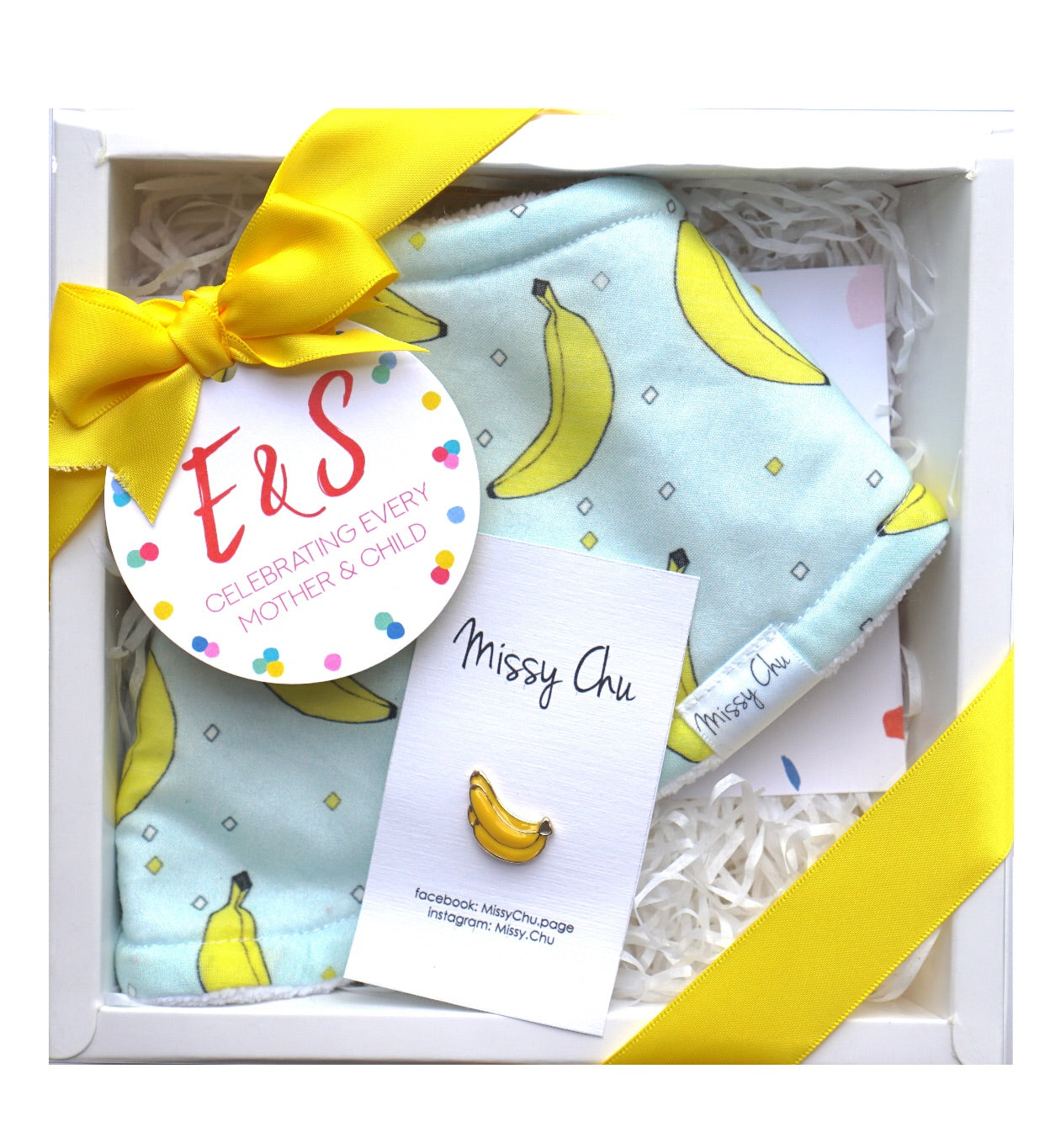 Banana Mini Foodie Box (Banana Bib + Banana Pin)