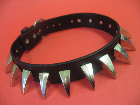 "Leather Choker with15 x 0.80"" Claws"