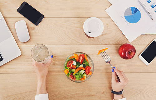 How To Remain Productive And Healthy, Despite Spending Your Workday At A Desk