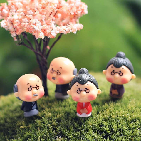 4pcs Old Granny Fairy Garden Gnome Moss Terrarium Home Desktop Decor Crafts Bonsai Doll House Miniatures   Hot Sale