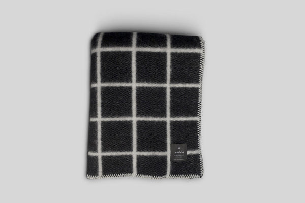 Norden Höfn Wool Throw Blanket (Black)