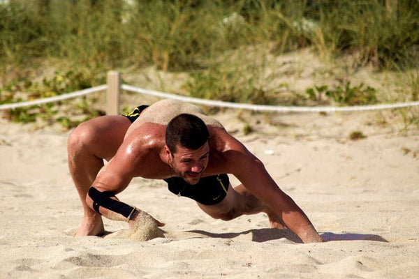 Eduardo Orozco dragon de komodo beach training