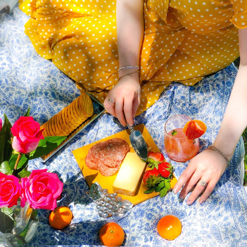 Cheese boards and picnic sets