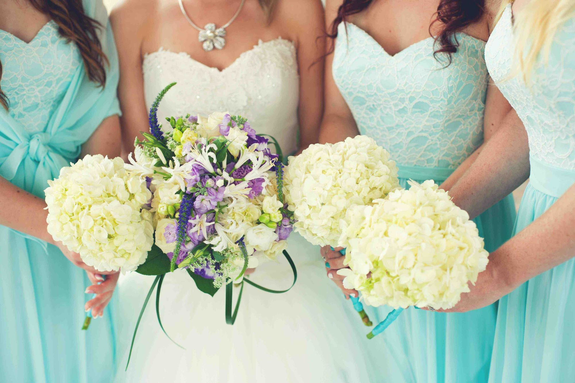 GIFTS YOUR BRIDESMAIDS WILL LOVE