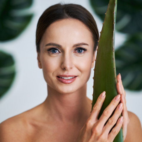 How Aloe Vera Is Suitable For Acne & Skin Rashes