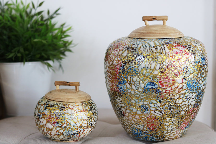 Large Glow Bamboo and Eggshell Pot