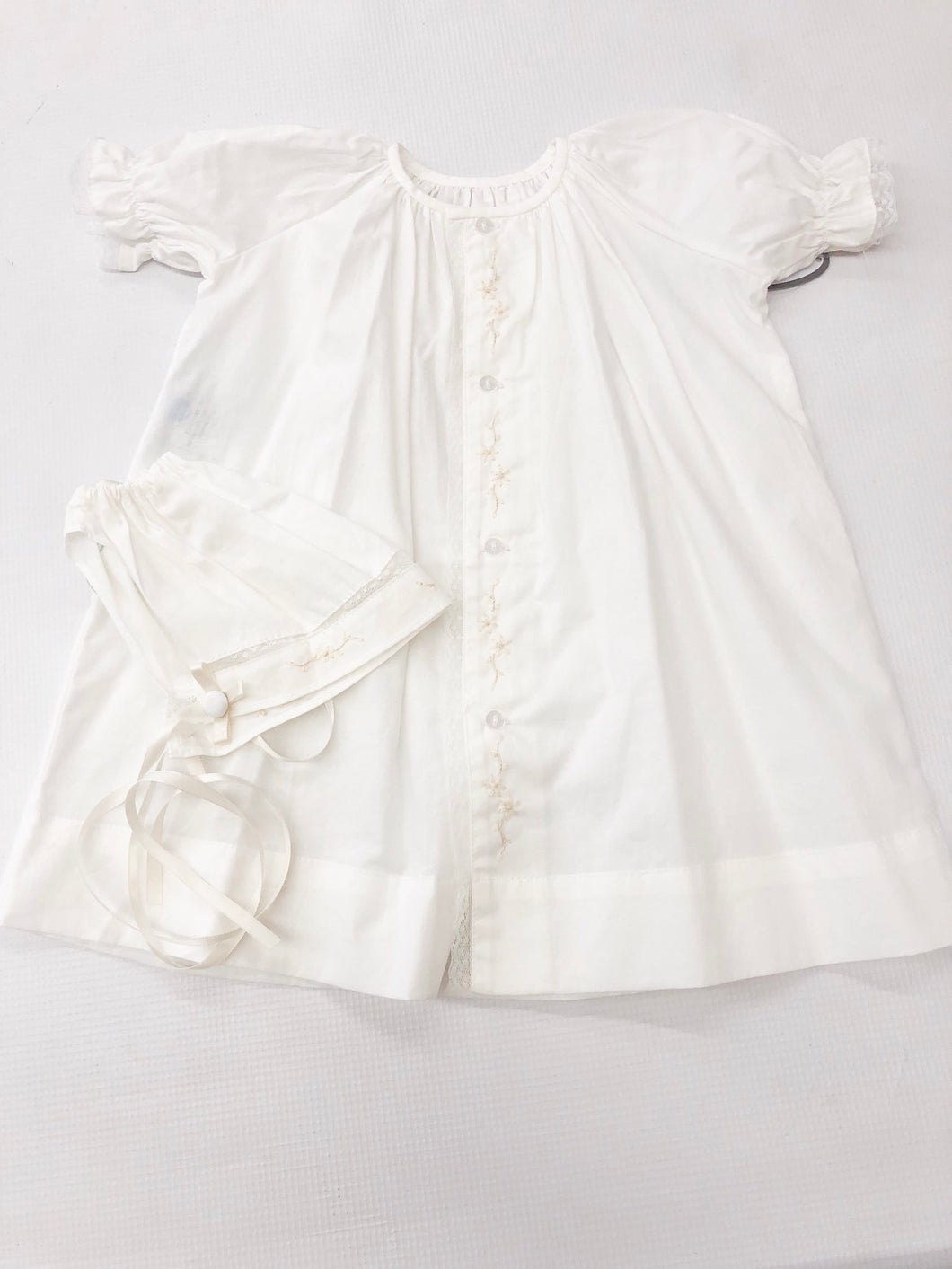 Girl White w/ Ecru Trim & Ribbon Daygown w Bonnet