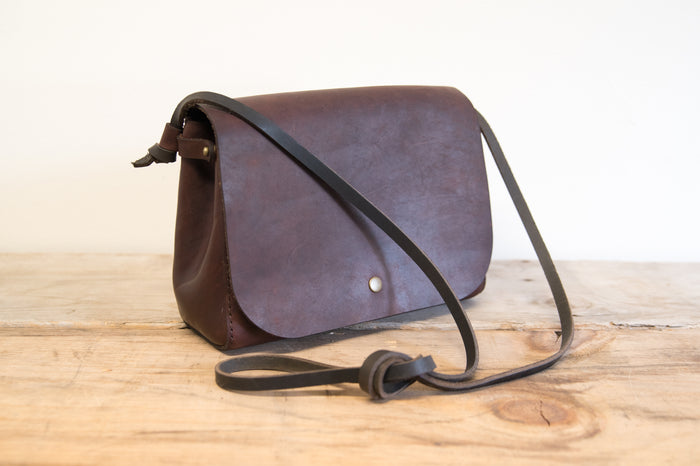 South Island Cross Body Bag Clove