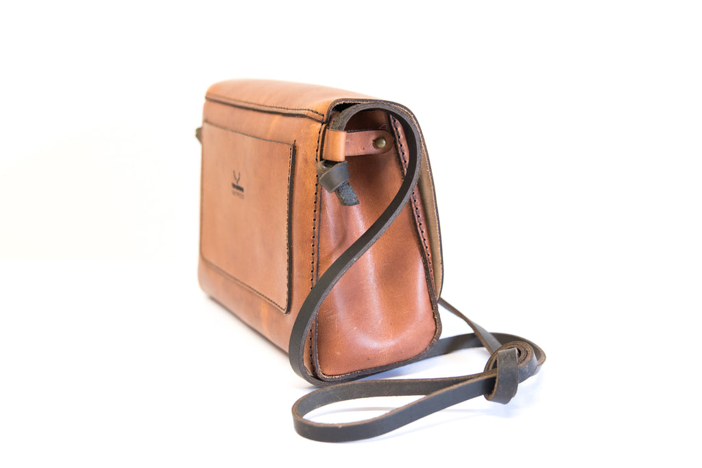 South Island Cross Body Bag - Cognac
