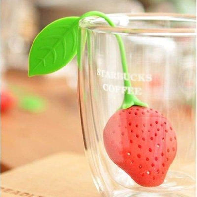 Aveks Generic Silicone Strawberry Design Loose Tea Leaf Strainer Herbal Spice Infuser Filter Red,