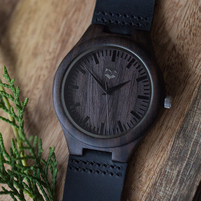 QUANTUM MMNT // Dark Wooden Watch - The Makers