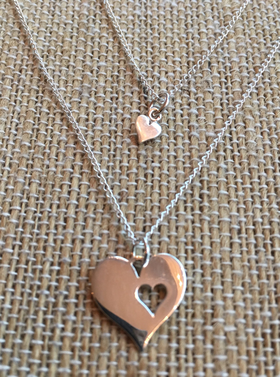 https://shopthemakers.com/products/mother-daughter-piece-of-my-heart-necklace-set