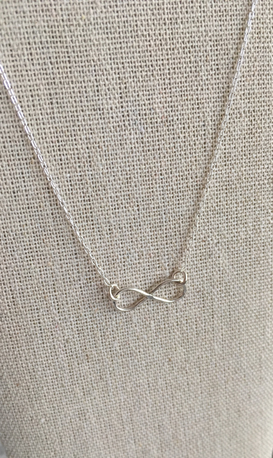 Infinity necklace in sterling silver - ShopTheMakers.com