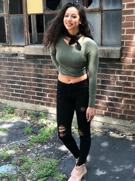 With A Twist Crop Top -Olive