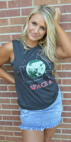 Space Graphic Tank