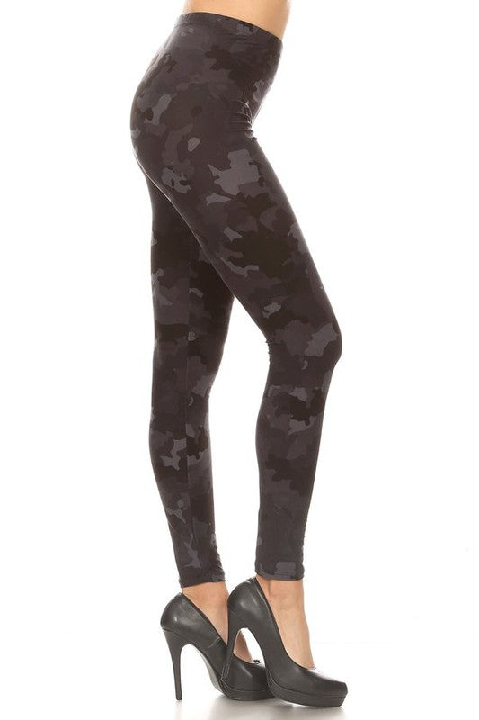 Butter Soft Leggings, Dark Camo