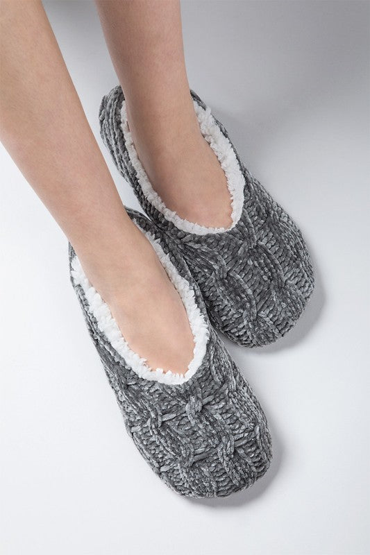 Chenille Cable Knit Slippers