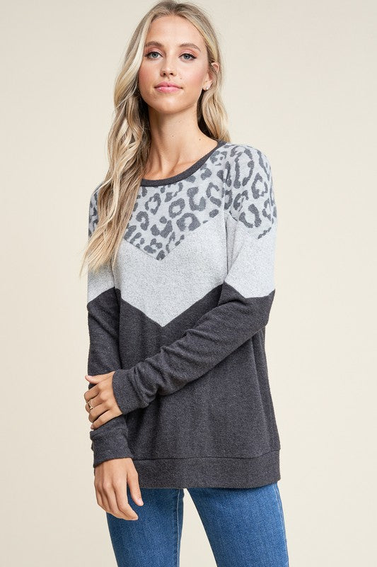 Leopard V Long Sleeve Soft Top