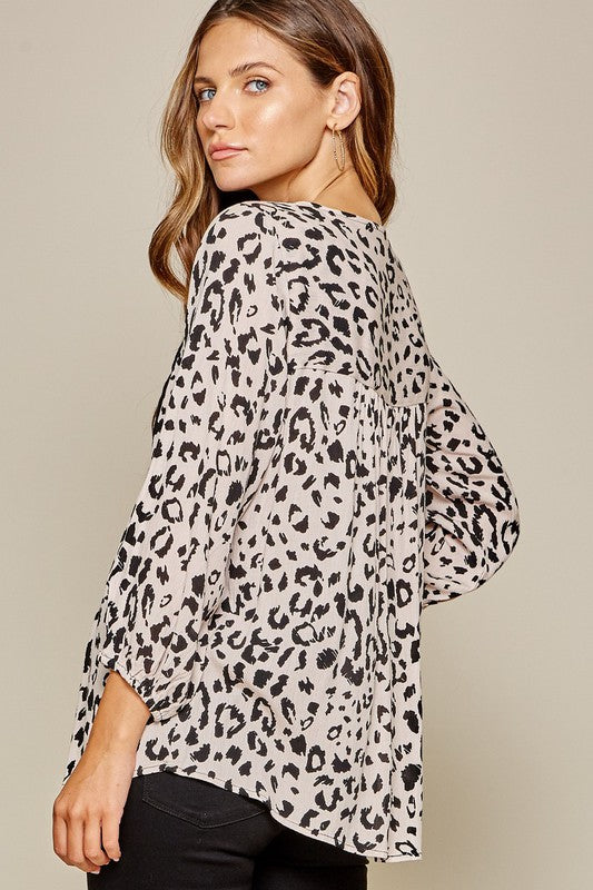 Leopard Embroidery 3/4 Sleeve Blouse