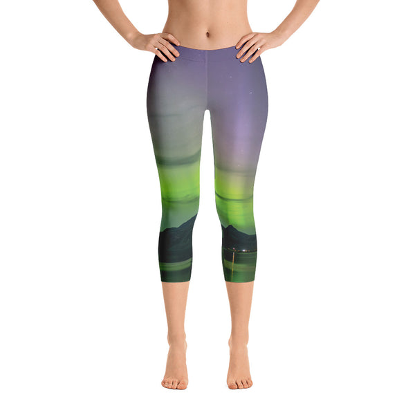 Purple Aurora Aura Capri Leggings