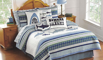 Awesome Sharks ☆ Twin Quilt + Sheet Set ☆ 4-pc