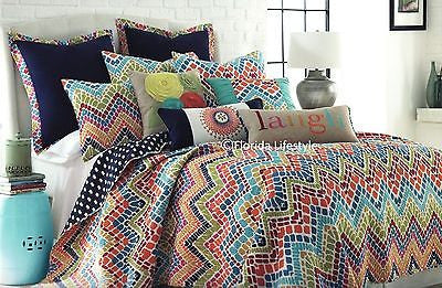 Mosaic Chevron ☆ Full/Queen Quilt Set ☆ 3-pc