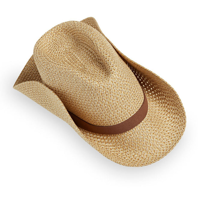 The men's outback hat is packable, great to take with you on vacation.