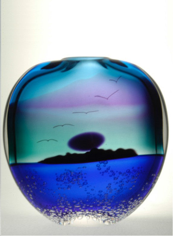 Island Midnight Vase- MNV9