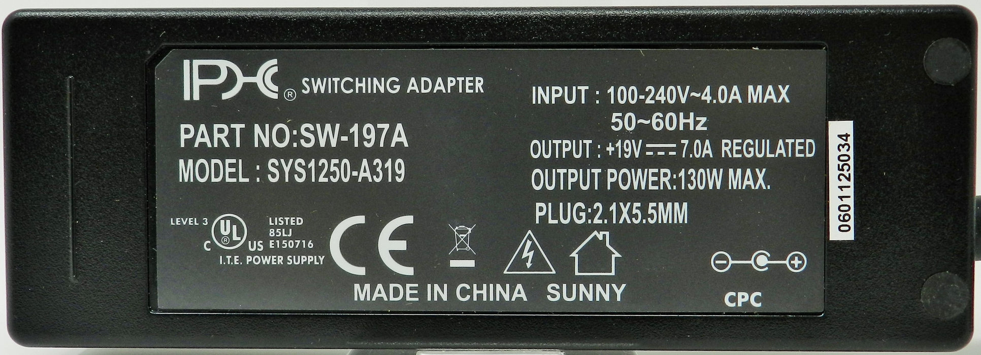 AC-DC Switching Regulated Power Supply 19VDC @ 7000mA; 2.1 x 5.5mm (+) center polarity; Part # SW-197A