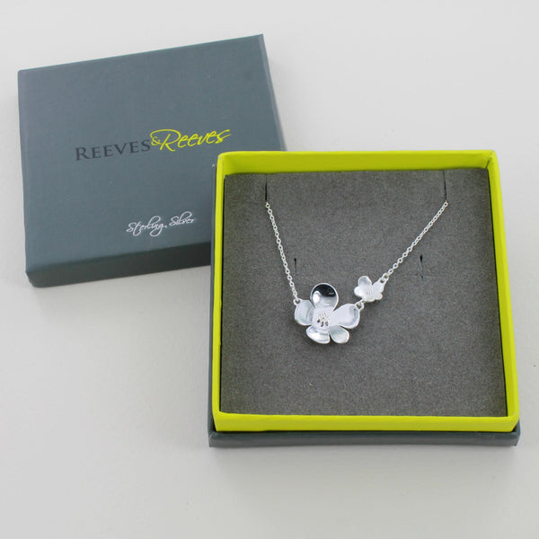 Reeves & Reeves Flower Power Necklace