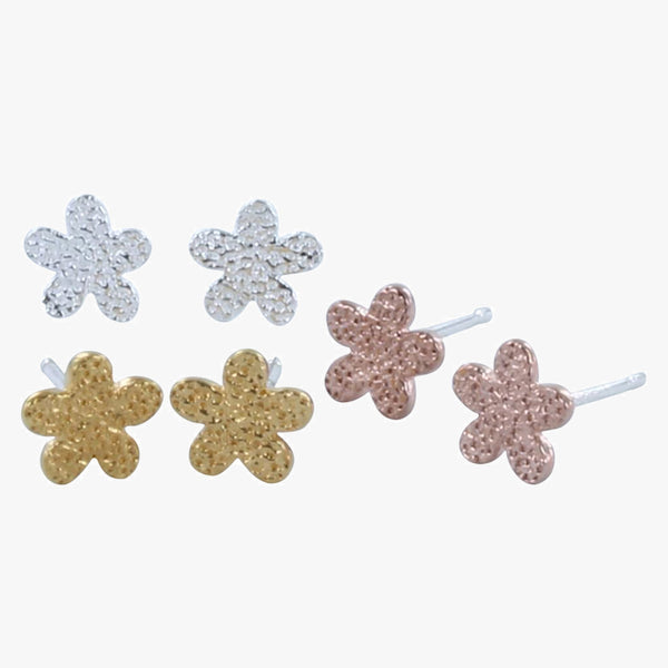 Lazy Daisy Stud Earrings