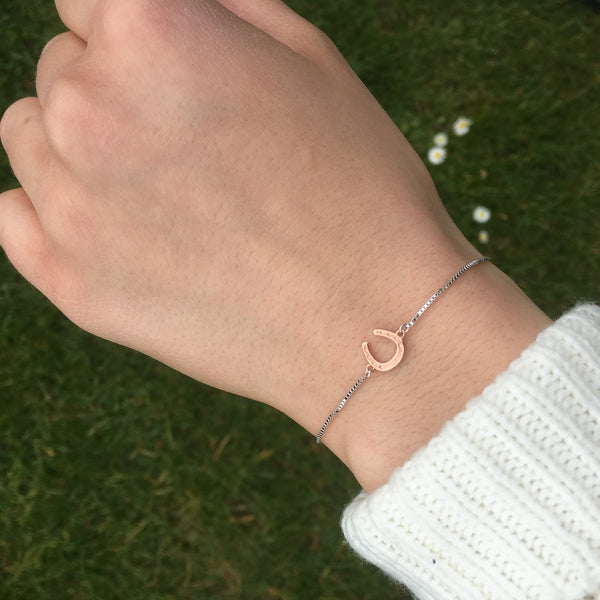 Horseshoe Sliding Bracelet Rose