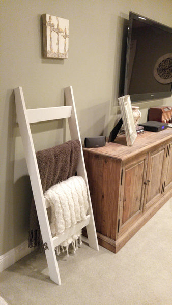 "Modern 54"" White Blanket Ladder"