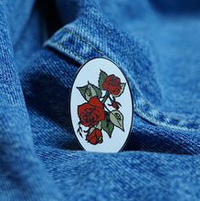 New York Rose Pin