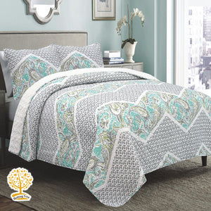 Sea Green and Grey Quilted Bedspread/ Blanket With Pillowcase Set