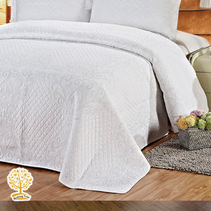 White Embroidery Quilted Bedspread With Pillowcase Set