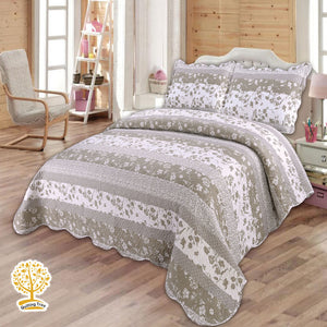 Grey and White Quilted Bedspread/ Blanket With Pillow Cover Set