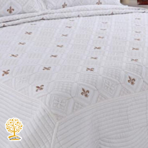 White Color Geometric Embroidery Pattern Quilted Bedspread With Pillow Cover Set