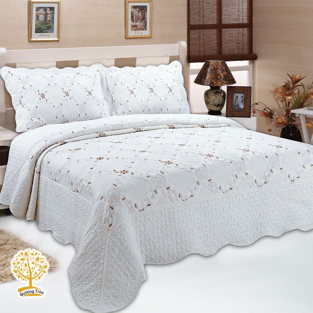 White Floral Quilt - 3 Piece Floral Print Embroidery Quilt Set - All ...