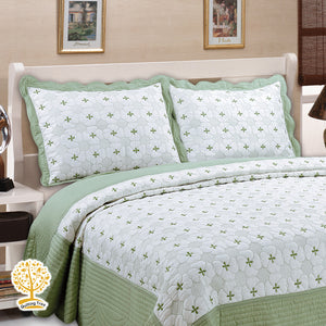 White And Pastel Green Color Embroidery Pattern Quilted Bedspread With Pillow Cover Set
