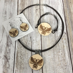 Queen Honey Bee - Bracelet, Earrings and Pendant Necklace - Baltic Birch Wood