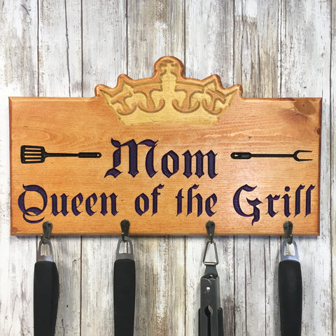 Queen of the Grill BBQ Tool Holder - Engraved Pine Wood