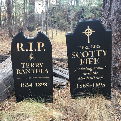 Terry Rantula OR Scotty Fife Yard Ornament Grave Head Stone Tomb Halloween Decoration