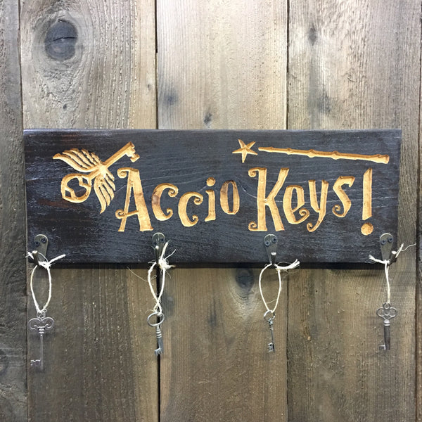 Key Holder - Carved Cedar Wood Key Plaque Hanger