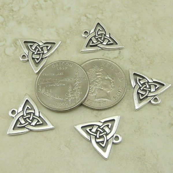 Open Celtic Triangle Pendant Charm - Qty 5 Charms - TierraCast Lead Free Silver Plated Pewter